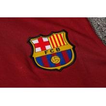 Красно-синяя тренировочная форма Барселоны 2021-2022 герб клуба
