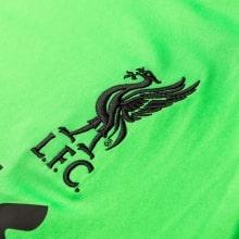Вратарская гостевая футболка Ливерпуля 2018-2019 герб клуба