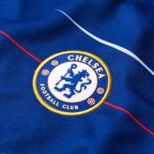Женская домашняя футболка Челси 2018-2019 герб клуба