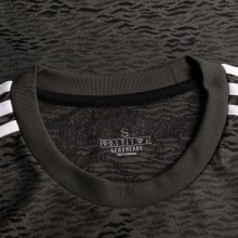 Комплект детской гостевой формы Ман Юнайтед 20-21 футболка воротник