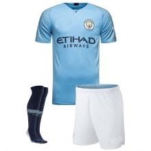 Детская домашняя футбольная форма Де Брёйне 2018-2019 футболка шорты и гетры спереди