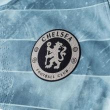 Детская третья футбольная форма Виллиан 2018-2019 герб клуба