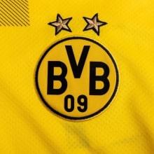 Детская солнечная форма EA Баварии 2018-2019 футболка спереди