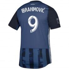 Детская гостевая футбольная форма Ибрагимович 19-20 футболка сзади