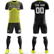 Футбольная форма черно желтого цвета Ромбики на заказ