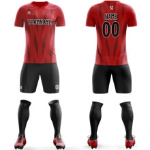 Футбольная форма черно красного цвета стрелочки на заказ