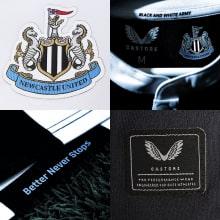 Домашняя игровая футболка Ньюкасл Юнайтед 2021-2022 логотипы