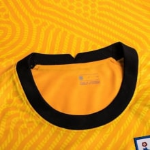 Вратарская домашняя футболка сборной Англии на ЕВРО 2020-21 воротник