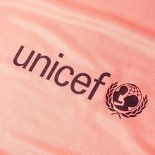 Женская третья футболка Барселоны 2018-2019 спонсор