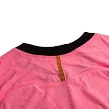 Третья аутентичная футболка Барселоны 2020-2021 сзади воротник