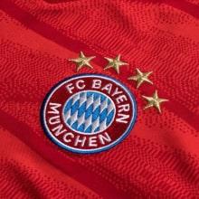 Взрослая домашняя форма Баварии с длинным рукавом 19-20 футболка герб клуба