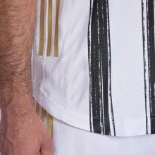 Домашняя аутентичная футболка Ювентуса 2020-2021 технология
