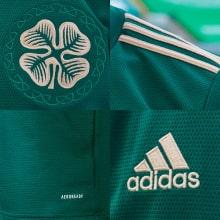 Гостевая игровая футболка Селтик 2021-2022 логотипы