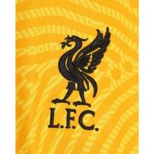 Вратарская гостевая футболка Ливерпуля 2020-2021 герб клуба