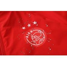 Красно-черный спортивный костюм АЯКС 2021-2022 герб клуба