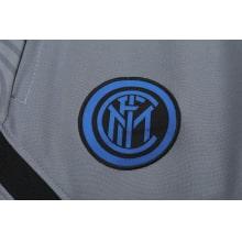 Серый тренировочный костюм Интера 2021-2022 герб клуба