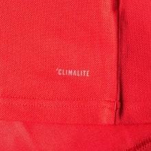 Красная футболка поло Манчестер Юнайтед 2018-2019 технология