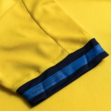 Домашняя футболка Швеции на ЕВРО 2020 ФОРСБЕРГ рукав