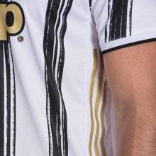 Домашняя аутентичная футболка Ювентуса 2020-2021 рукав