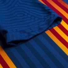 Четвертая аутентичная футболка Барселоны 2020-2021 рукав