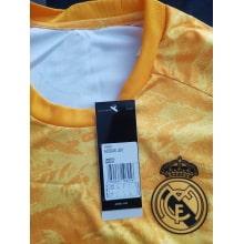 Вратарская Домашняя футболка Реал Мадрид 2019-2020 герб клуба
