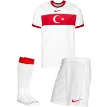 Гостевая футбольная форма сборной Турции ЕВРО 2020-21