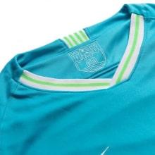 Гостевая игровая футболка Вольфсбурга 2019-2020 воротник