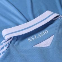 Комплект детской домашней формы Лацио 2020-2021 футболка воротник сзади