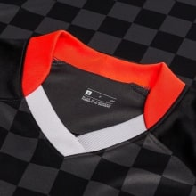 Домашняя футболка Барселоны 2019-2020 Фрэнки Де Йонг воротник