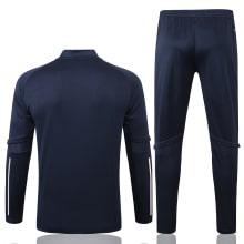 Синий спортивный костюм Ювентуса 2021-2022 сзади