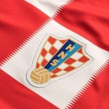 Детская домашняя форма Хорватии Модрич ЧМ 2018 номер 10 герб клуба