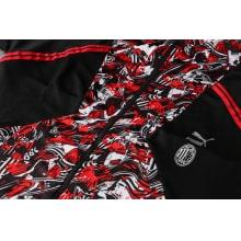 Красно-черный спортивный костюм Милан 2021-2022 вблизи