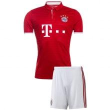 Домашняя футбольная форма Баварии 2016-2017