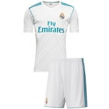 Домашняя футбольная форма Реал Мадрид 2017-2018