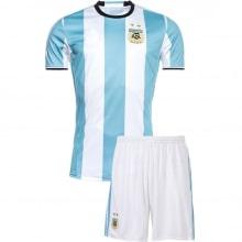 Домашняя футбольная форма сборной Аргентины 2016-2018
