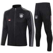 Черный костюм сборной Германии по футболу 2020-2021