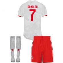 Детская гостевая футбольная форма Роналдо 2019-2020
