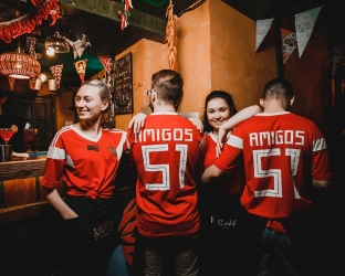 Футболка сборной России на Чемпионат Мира 2018 с нанесением для бара