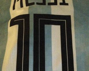Футболка сборной Аргентины по футболу на чемпионат мира 2018 года Лионель Месси номер 10