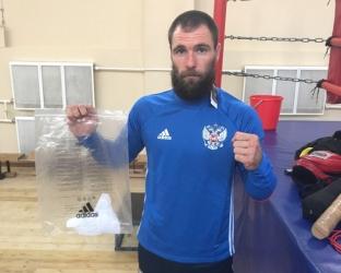 Тренировочный футбольный костюм сборной России по футболу
